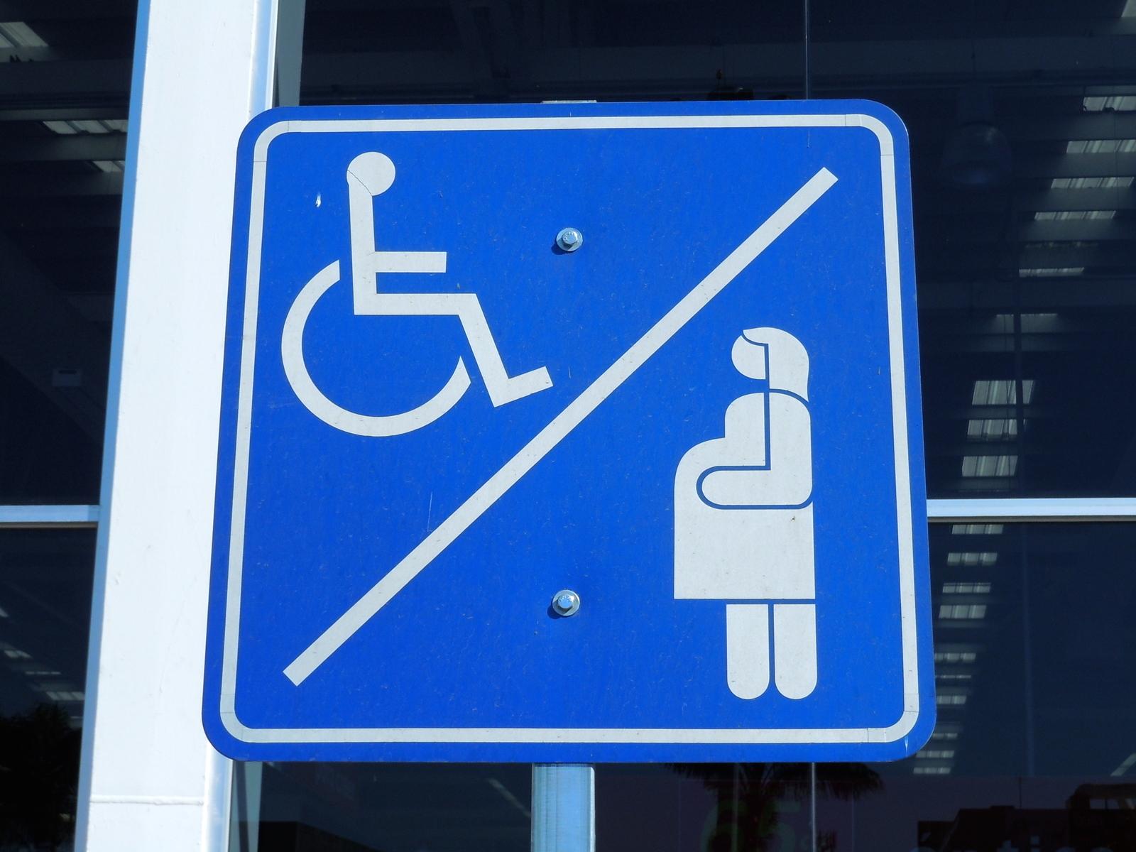 condiciones para usar estacionamientos preferenciales para embarazadas